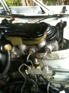 061 225x300 GM Brakes   Theory: The Fluid Reservoir